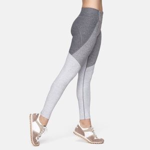 OUTDOOR VOICES 3 Shade Workout Leggings Size S
